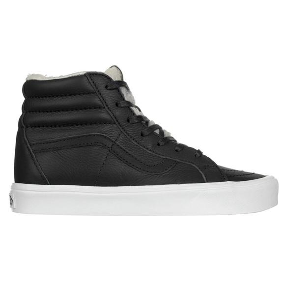 b9b58ea7a4 Vans SK8-Hi Reissue Lite shoe in blk true wht sz 9